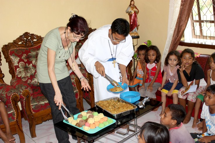 Feeding program following English class (28 October 2010)