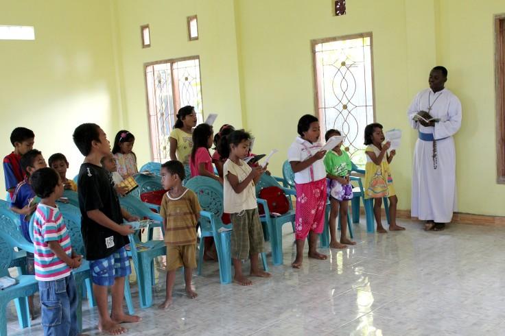 Prayers before class (2 June 2013)