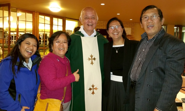 1_V Rev Fr Ho Lung with members of the Gold Coast Indonesian Community at Southport Parish (Michele and Heru Santos on RHS)