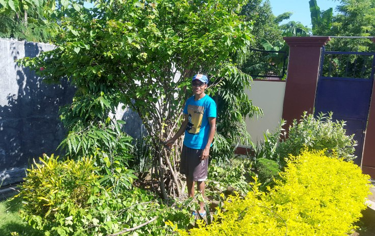 7. Br Simon is in charge of the garden