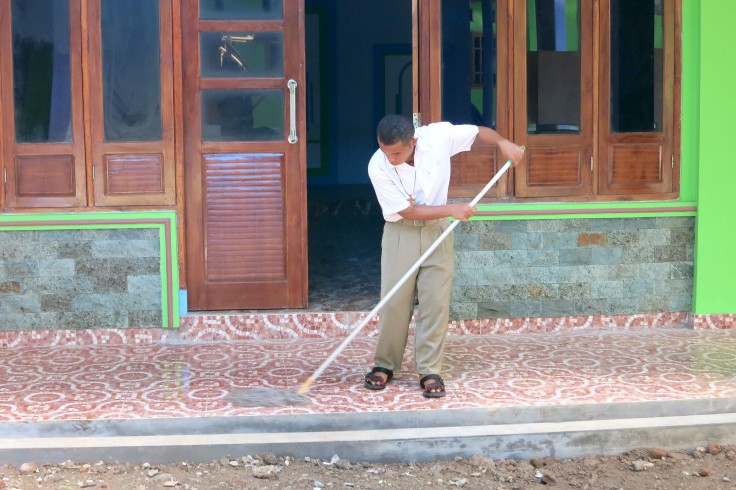 21. More mopping at the apostolate