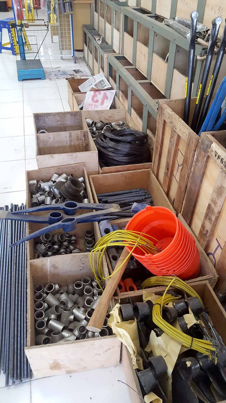 16. Handles for pick and shovel ends are impossible to find in Labuan Bajo