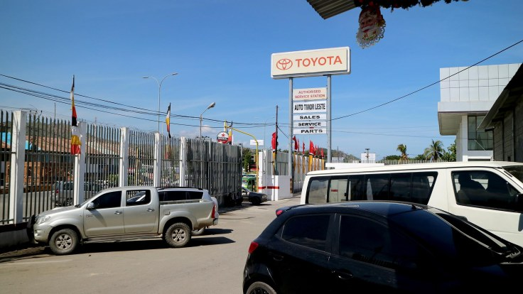 12-the-supermerkadu-is-just-next-to-the-toyota-dealership