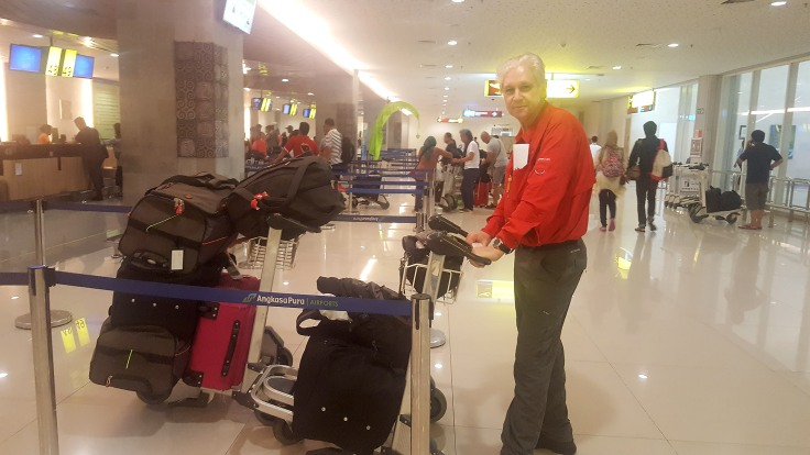 7-checkin-at-domestic-denpasar-to-labuan-bajo-kalstar-aviation