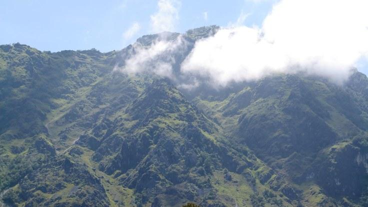 saburai-mountain-is-quite-beautiful