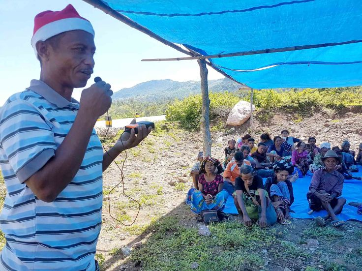 22-local-council-member-gives-a-christmas-blessing-to-the-saburai-community-and-starts-the-party