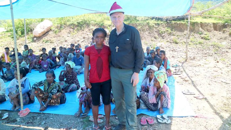 34-rebeca-in-remission-from-leprosy-with-santa