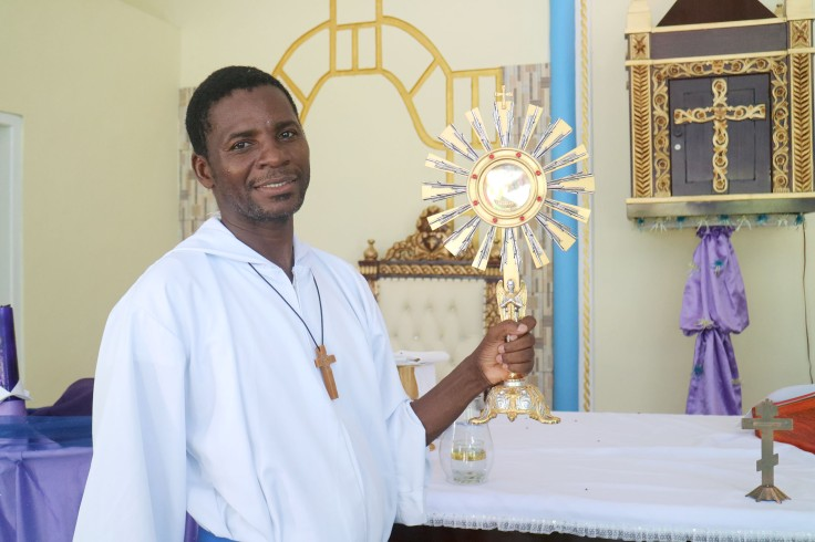 18_A new monstrance